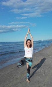 posture de l' arbre de hatha yoga