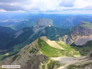Paysage du Vercors 2000m d'altitude idéal pour le yoga en Nature